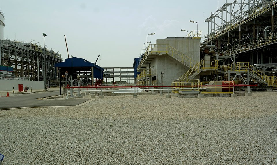 Building Singapore's First LNG Terminal